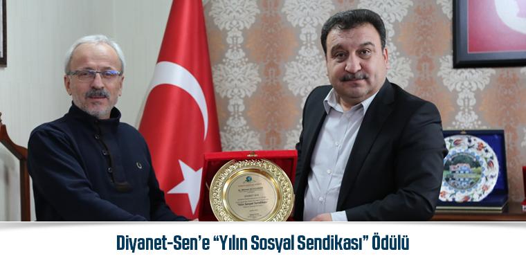 """Diyanet-Sen'e """"Yılın Sosyal Sendikası"""" Ödülü"""